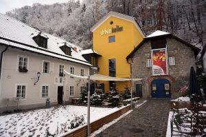 kleinestheaterurbankeller winter 300x199 - Pressefotos