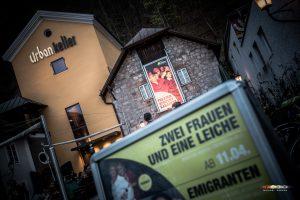 Premiere 2Frauenund1Leiche KleinesTheater Frühling2018 MichaelHerzog print 3802 300x200 - Premiere: Zwei Frauen und eine Leiche